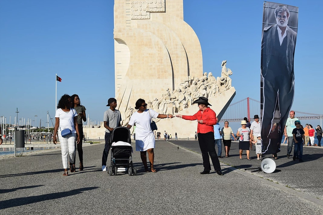 monument resize